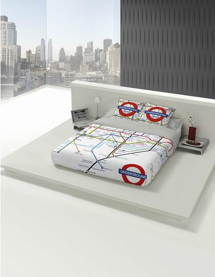 ropa de cama poner a una cama con plataforma o base