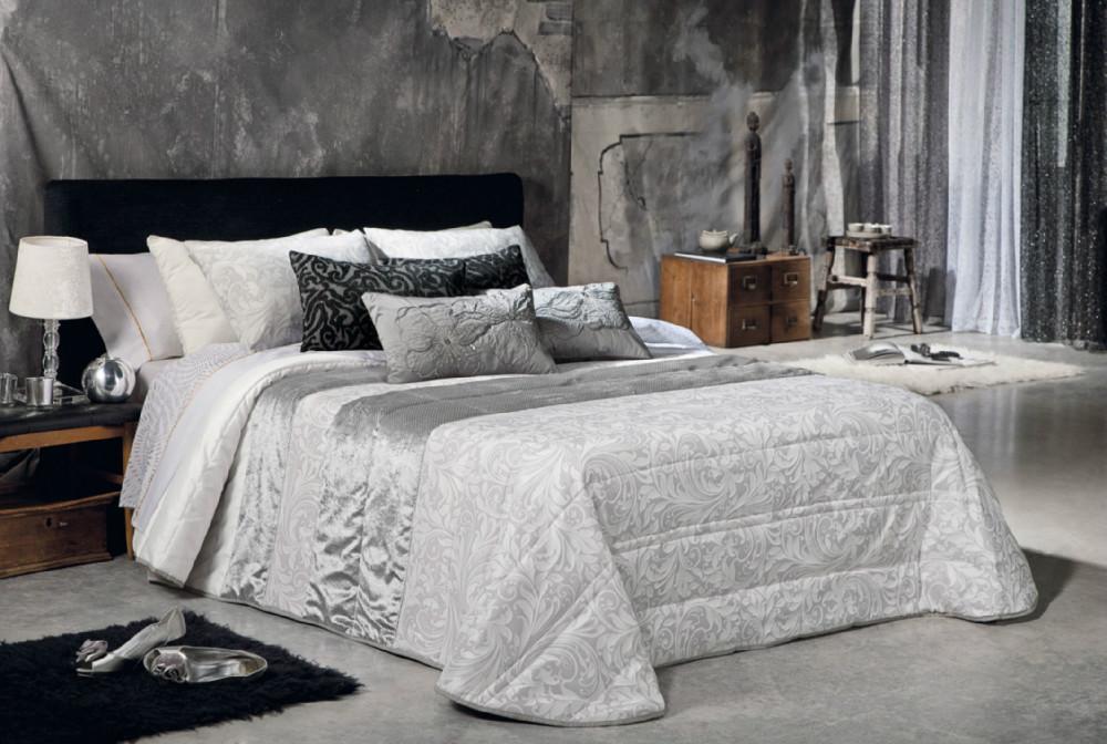 Colcha bouti saida casaytextil for Colchas para camas de 150 con canape