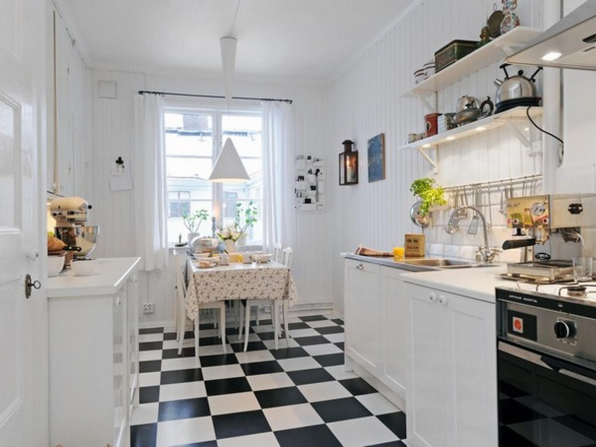 C mo decorar una cocina blanca todos los trucos for Suelos modernos