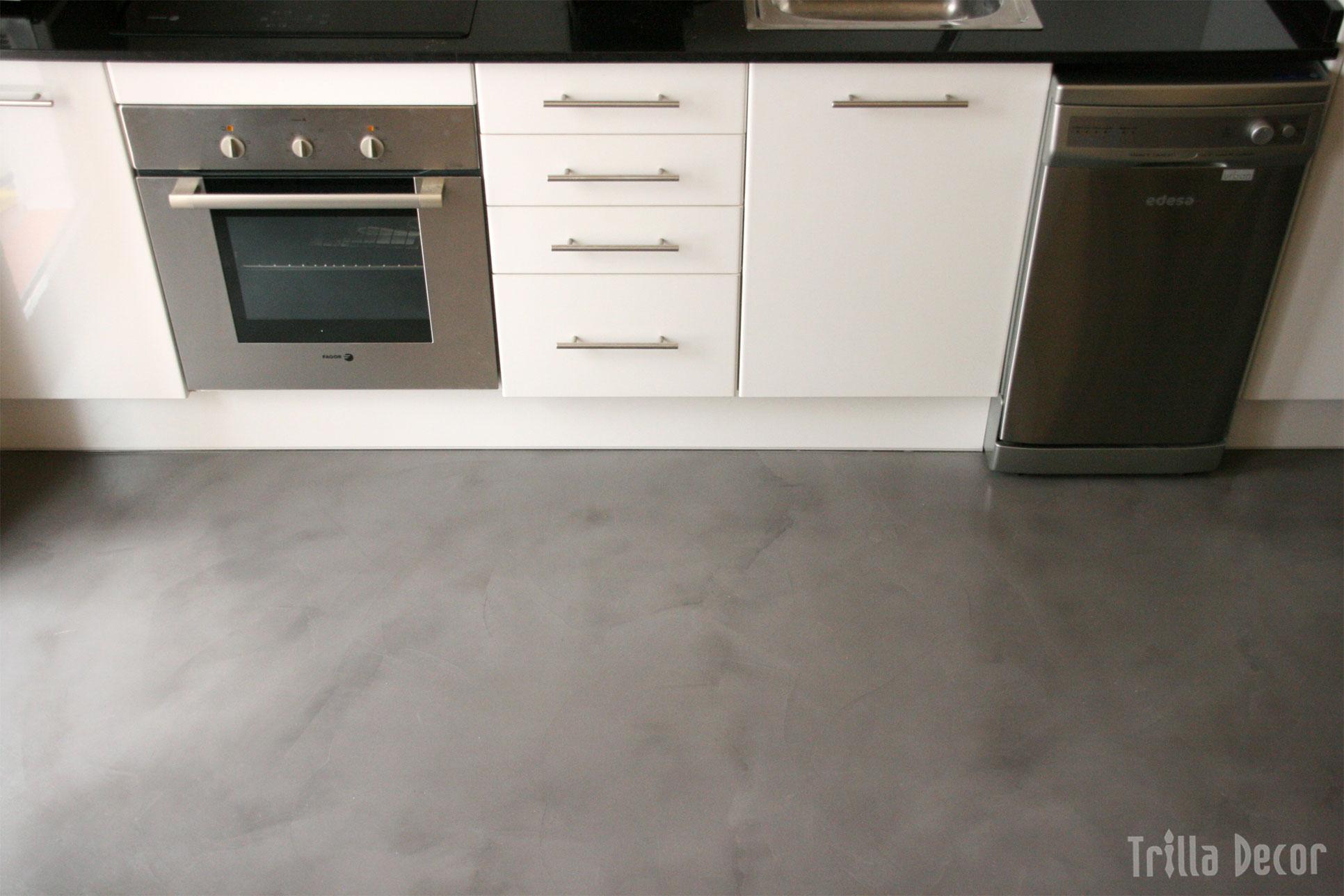 C mo decorar una cocina moderna todo lo que debes saber for Cocinas con suelo gris oscuro